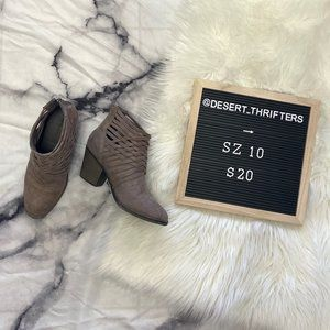 Big Buddha Taupe Suede Ankle Boots